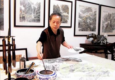 蕉城画家绘《百鸡图》贺岁_社会_宁德蕉城在