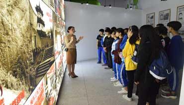 """蕉城区组织在校学生参观""""爱国主义教育基地"""""""