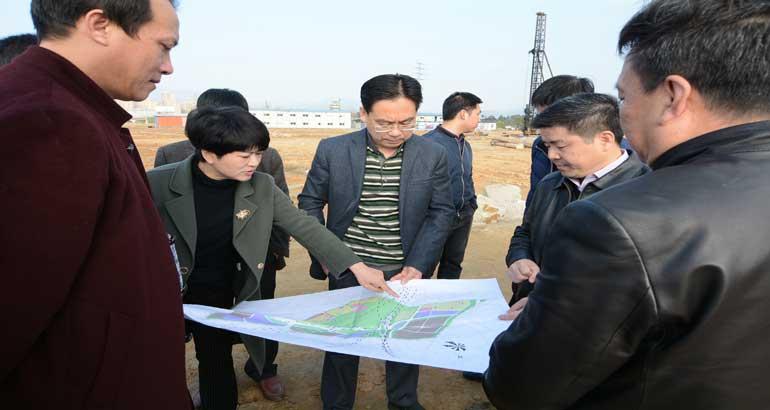 区委书记毛祚松调研重点项目建设