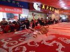 城南:古溪百米长桌宴 共享传统民俗情