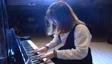 """""""青少年钢琴演奏会""""奏响孩子音乐梦"""