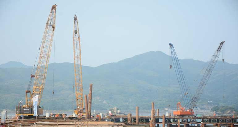 漳湾作业区七号泊位工程加速建设