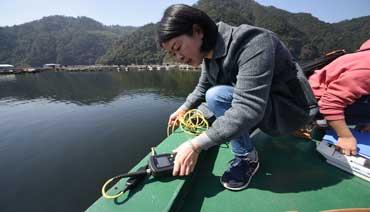 水体水质检查 推进流域治理