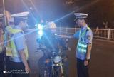 七都中队查获一起酒驾且故意遮挡号牌严重交通违法行为