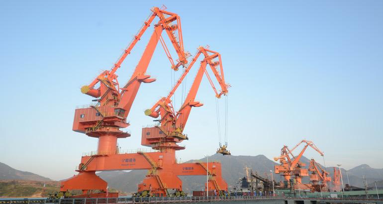 漳湾七号泊位建成 年吞吐量35万吨